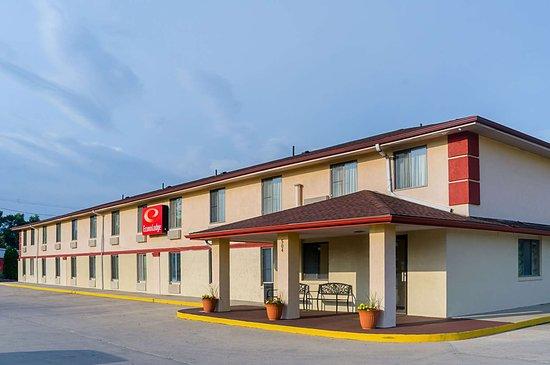 Lansing, KS: Econo Lodge