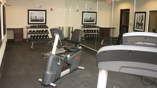 LaVale, MD: Health club