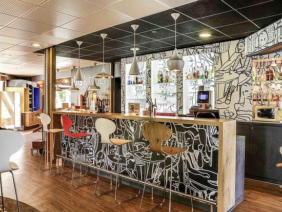 ibis salon de provence salon de provence france hotel reviews photos price comparison. Black Bedroom Furniture Sets. Home Design Ideas