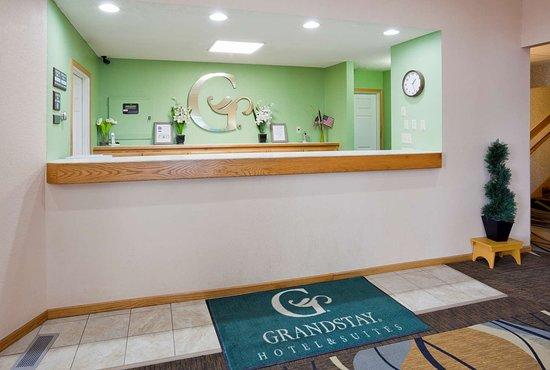 GrandStay Waseca Front Desk