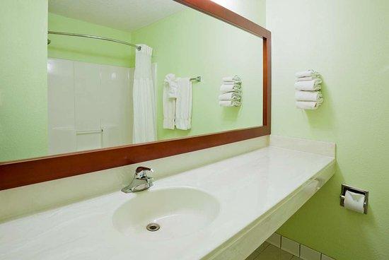 GrandStay Waseca Standard Vanity