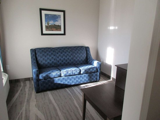 Denver City, TX: Double Queen Suite Sitting Area