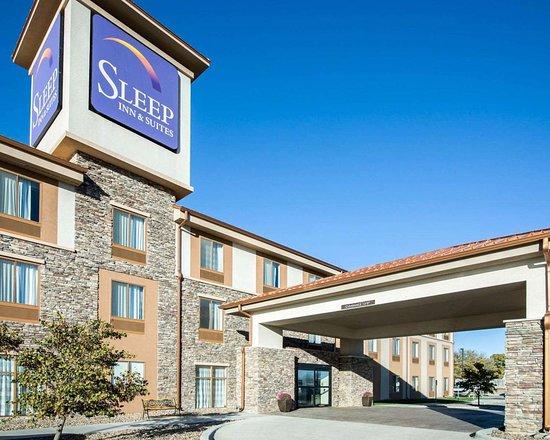 Norton, Канзас: Hotel entrance