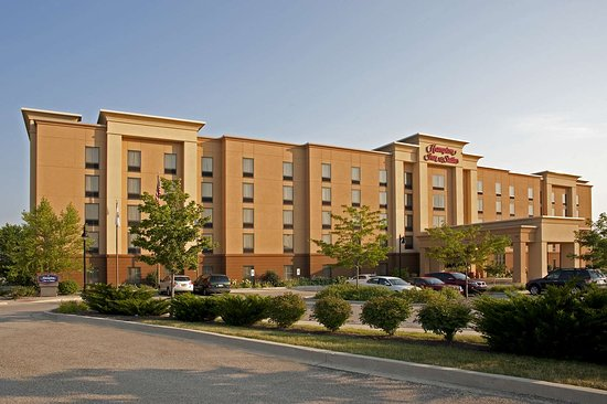 Hampton Inn & Suites Bloomington-Normal