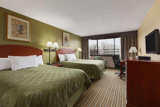 Rochelle Park, NJ : Guest Room