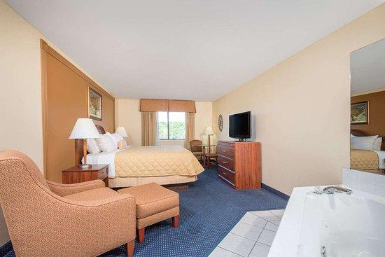 Catlettsburg, KY: Suite