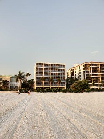 Gulfview Manor Resort: 20180622_200515_large.jpg