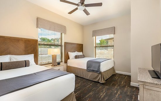 Marble Falls, TX: Guest room