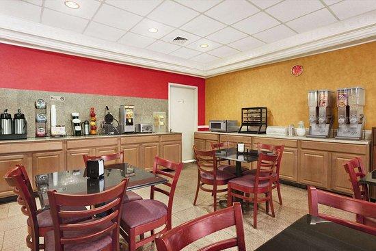 East Orange, NJ: Breakfast Area