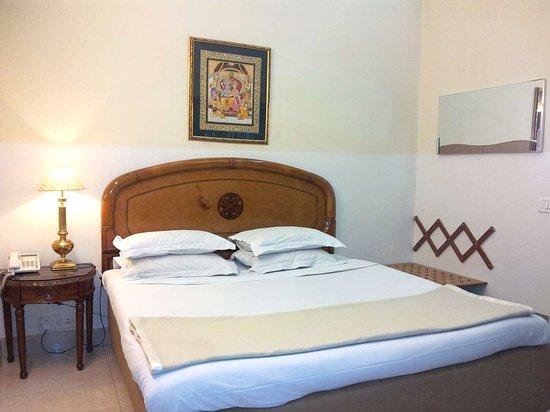 Bajaj Indian Home Stay: Guest Room