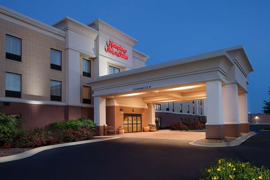 Hampton Inn & Suites Chicago-Saint Charles