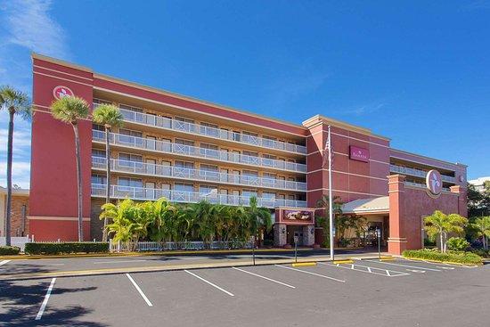 Ramada by Wyndham Tampa Airport Westshore Hotel
