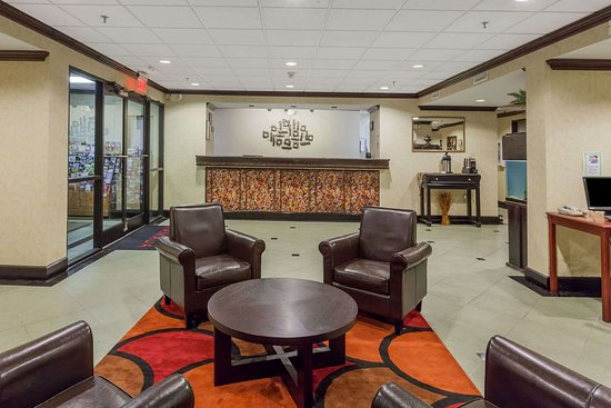 La Vergne, TN: Lobby Area