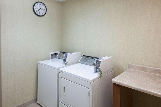 Hampton Inn & Suites Cedar Rapids - North: Property amenity
