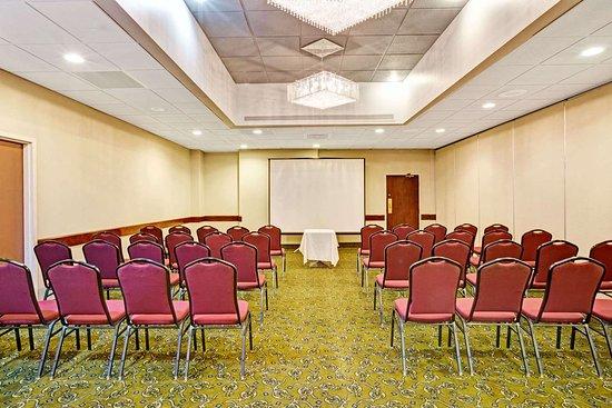Ramada by Wyndham Statesville: Meeting Room