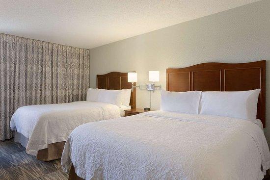 hampton inn zanesville 101 1 1 9 39 excellent. Black Bedroom Furniture Sets. Home Design Ideas