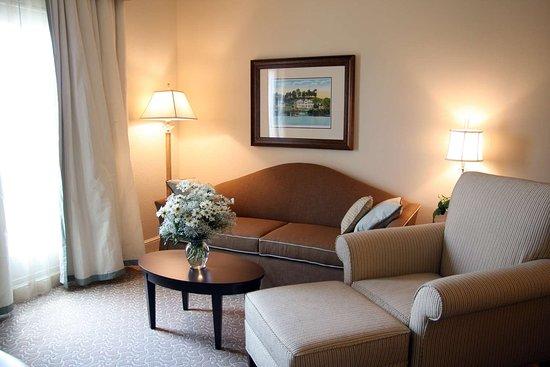 Hampton Inn & Suites Charlotte - South Park: Guest room