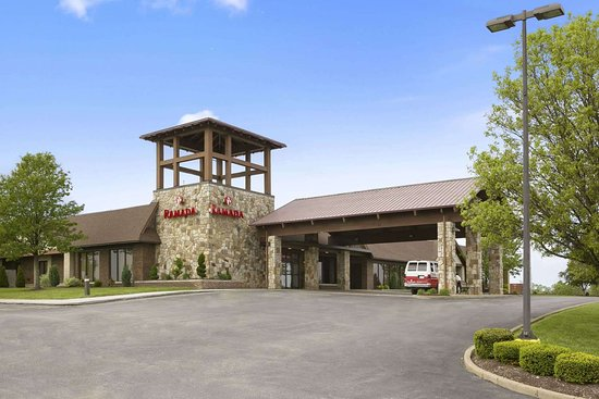 Ramada Hotel & Conference Center by Wyndham Greensburg