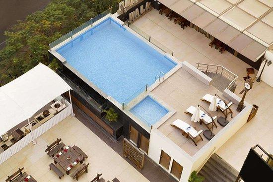 Ramada Chennai Egmore: Pool