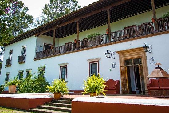 BEST WESTERN PLUS POSADA DE DON VASCO  33 ( ̶1̶0̶3̶) - Updated 2019 Prices    Hotel Reviews - Patzcuaro 1f24e278a5c41