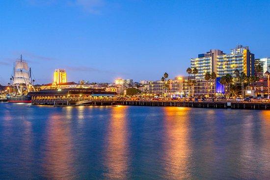 Wyndham San Diego Bayside Hotel