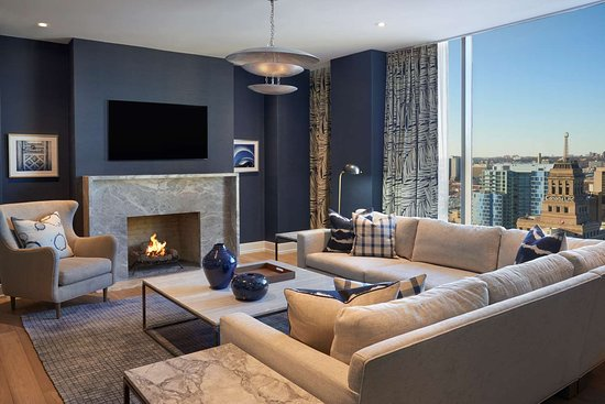 hilton toronto 190 2 0 8 updated 2018 prices. Black Bedroom Furniture Sets. Home Design Ideas