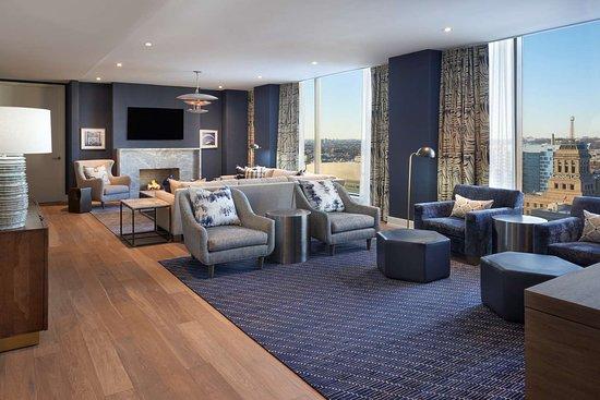 hilton toronto 2018 prices reviews canada photos of. Black Bedroom Furniture Sets. Home Design Ideas