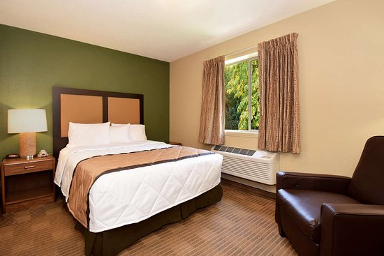 Extended Stay America - St. Louis - Westport - Craig Road: Studio Suite - 1 Queen Bed
