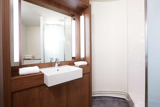 Campanile Chantilly: salle de bains