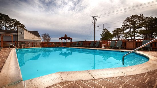 Best Western Chincoteague Island: Outdoor Swimming Pool