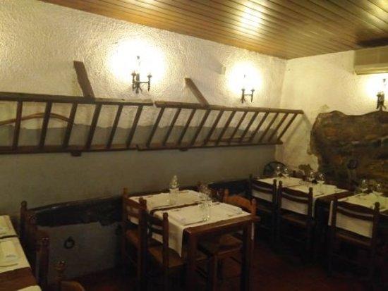 La Roca del Valles, Hiszpania: Interior restaurante