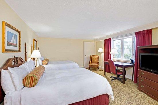 Seekonk, MA: 2 Double Bed Room