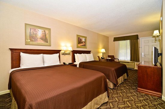 Jackson, AL: Spacious double rooms with flat scre