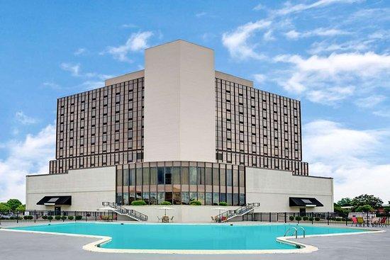 Wyndham garden norfolk downtown 159 2 0 2 updated 2018 prices hotel reviews va for Wyndham garden norfolk downtown