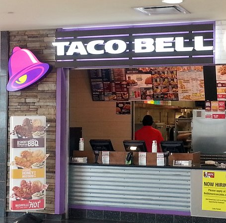 front of Taco Bell at the Lake Forest Oasis on the Tri-State Tollway (I-294)