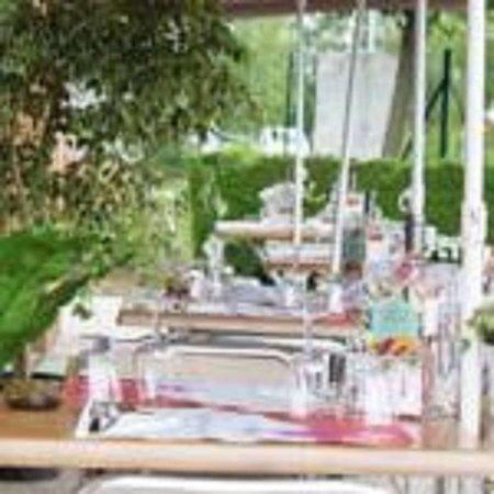 La Verriere, فرنسا: Campanile la Verriere Terrasse