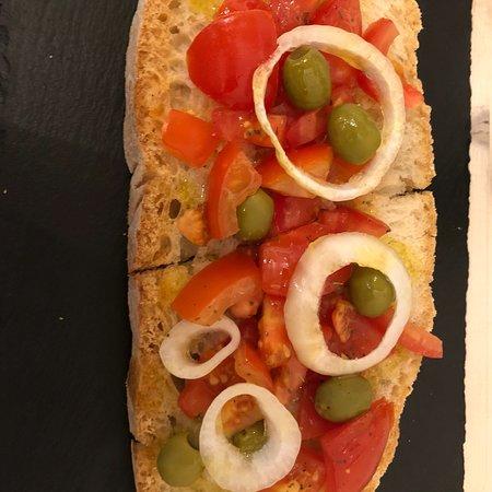 La bruschetteria pane e pomodoro: photo0.jpg