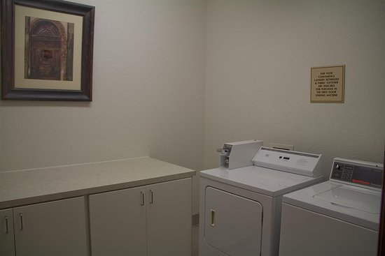 Tolleson, Arizona: Guest Laundry