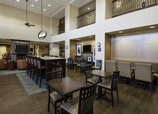 Rogers, MN: Restaurant