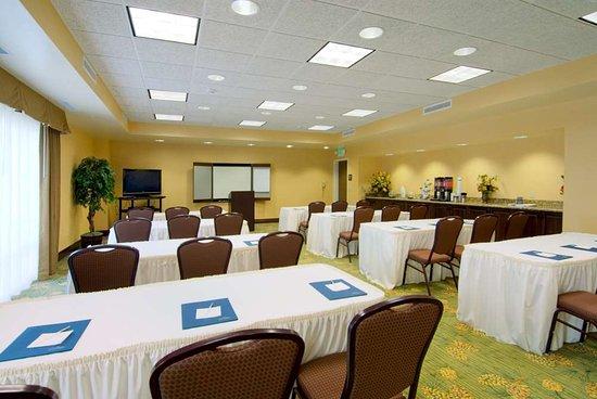Rogers, MN: Meeting Room