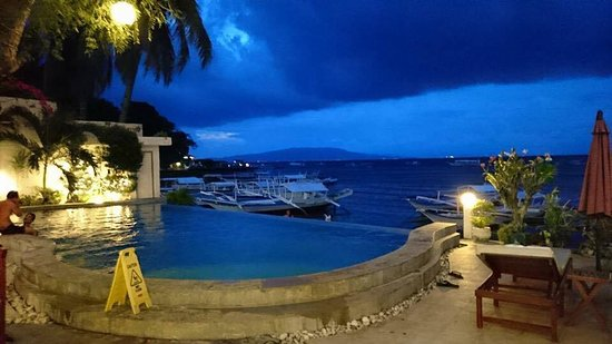 Angelyn's Dive Resort Photo