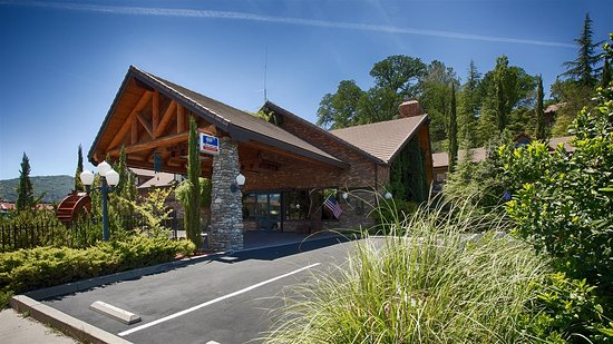 Best Western Plus Yosemite Gateway Inn Oakhurst Californië Foto S Reviews En Prijsvergelijking Tripadvisor