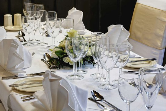 Bramber, UK: old tollgate hotel wedding events