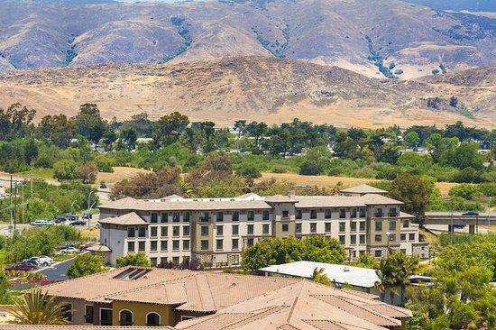 Hampton Inn & Suites- San Luis Obispo: Exterior