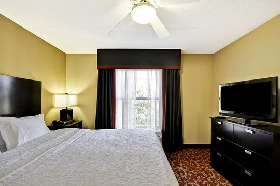 Hampton Inn Amp Suites Memphis Shady Grove Road 98