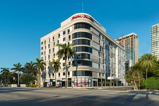 Hampton Inn & Suites Miami Midtown Hotel