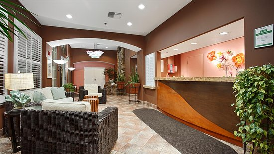 Best Western Plus Capitola By-The-Sea Inn & Suites: Lobby