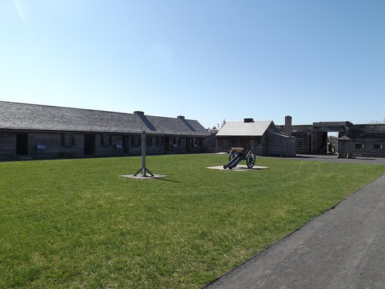 Fort Stanwix National Monument: Inside Fort Stanwix