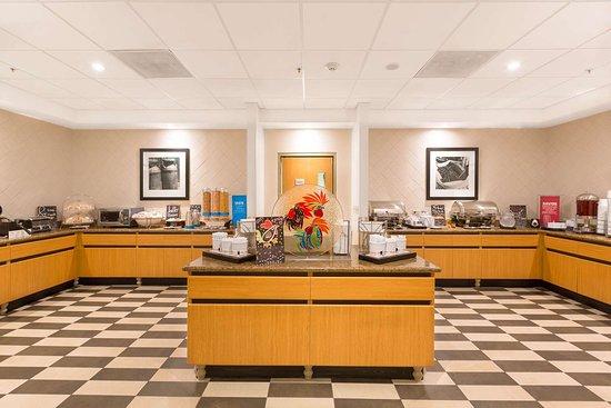 Hampton Inn & Suites by Hilton San Jose Airport