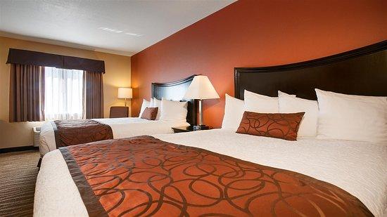 Corning, كاليفورنيا: Two Queen Guest Room